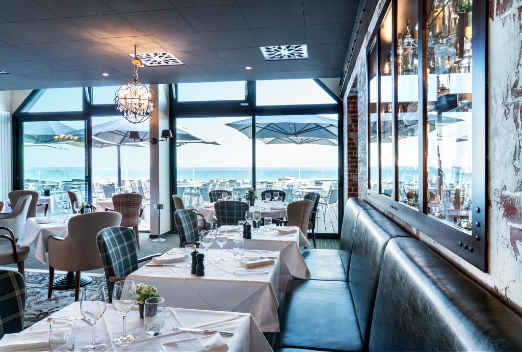 Ambiance intérieure du restaurant Côte Ouest en Vendée