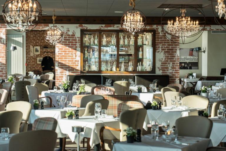 Photo intérieure déco du restaurant Côte Ouest en Vendée