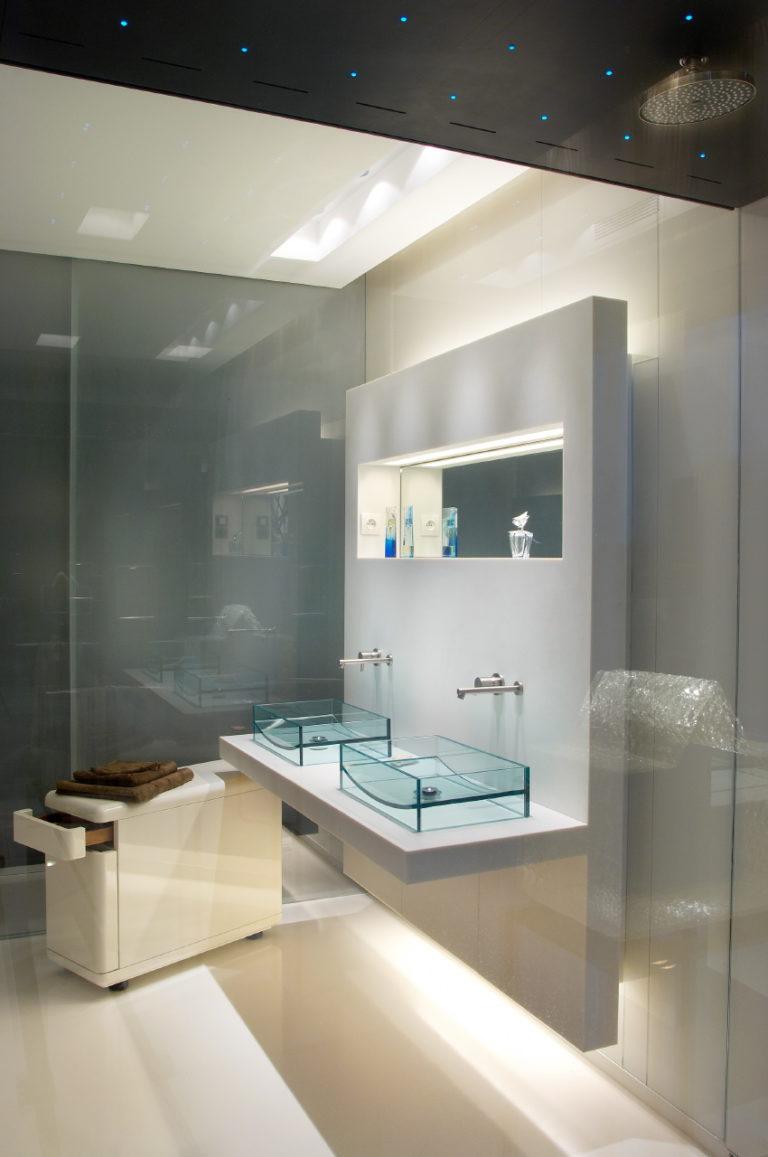 photo d'une salle de bain design