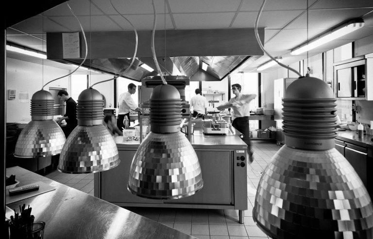 image d'une cuisine de restaurant
