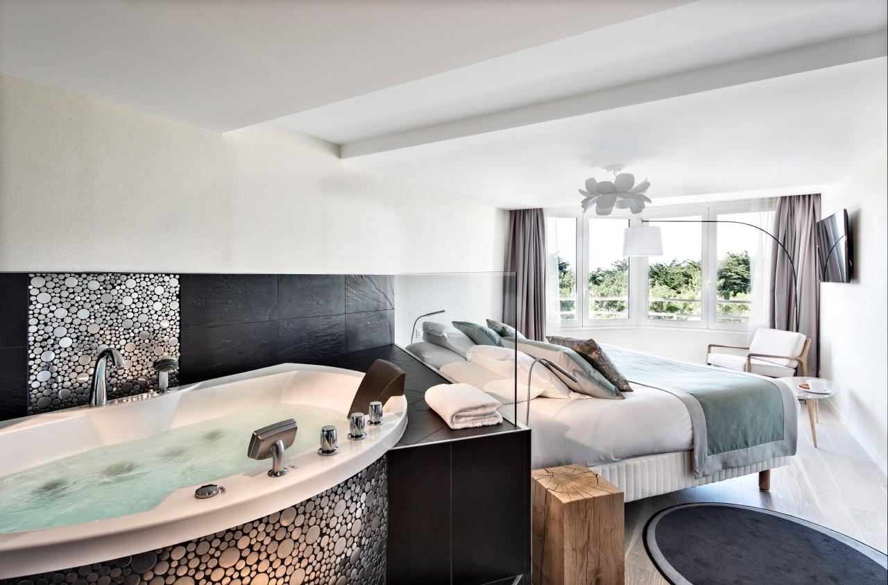 photo d'une chambre prestige avec spa