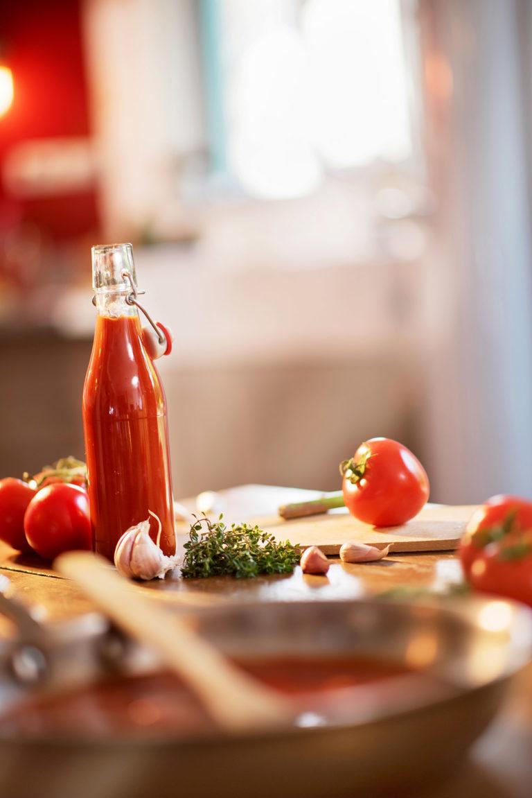 photo culinaire autour de la sauce tomate