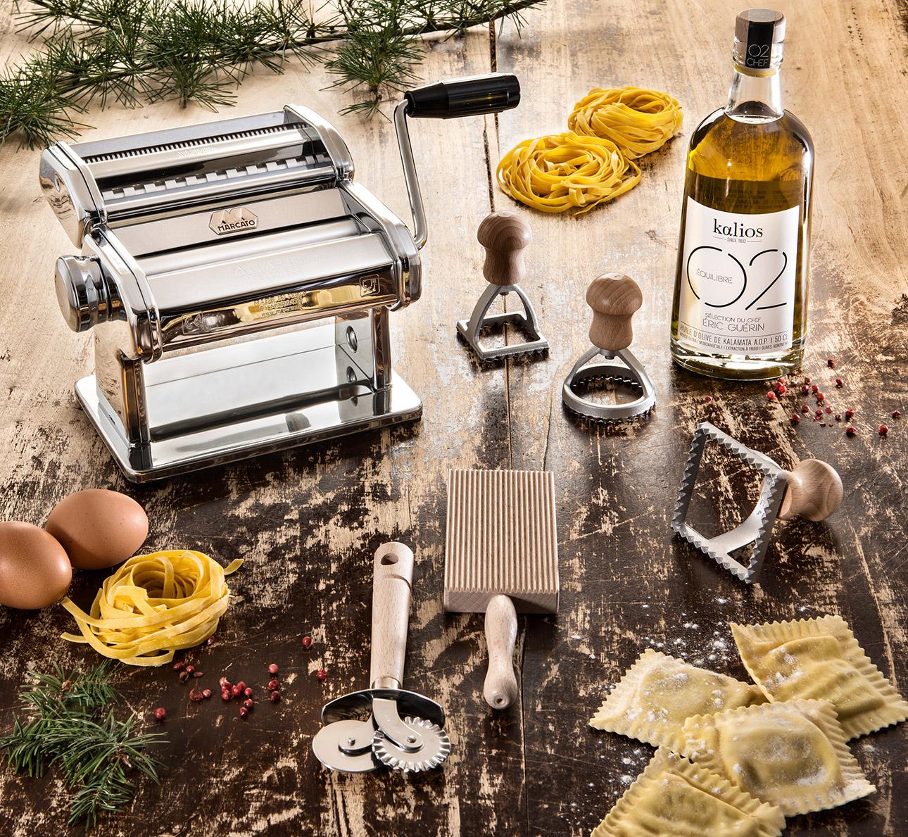 image art de la table, pâtes fraiches et huile d'olive