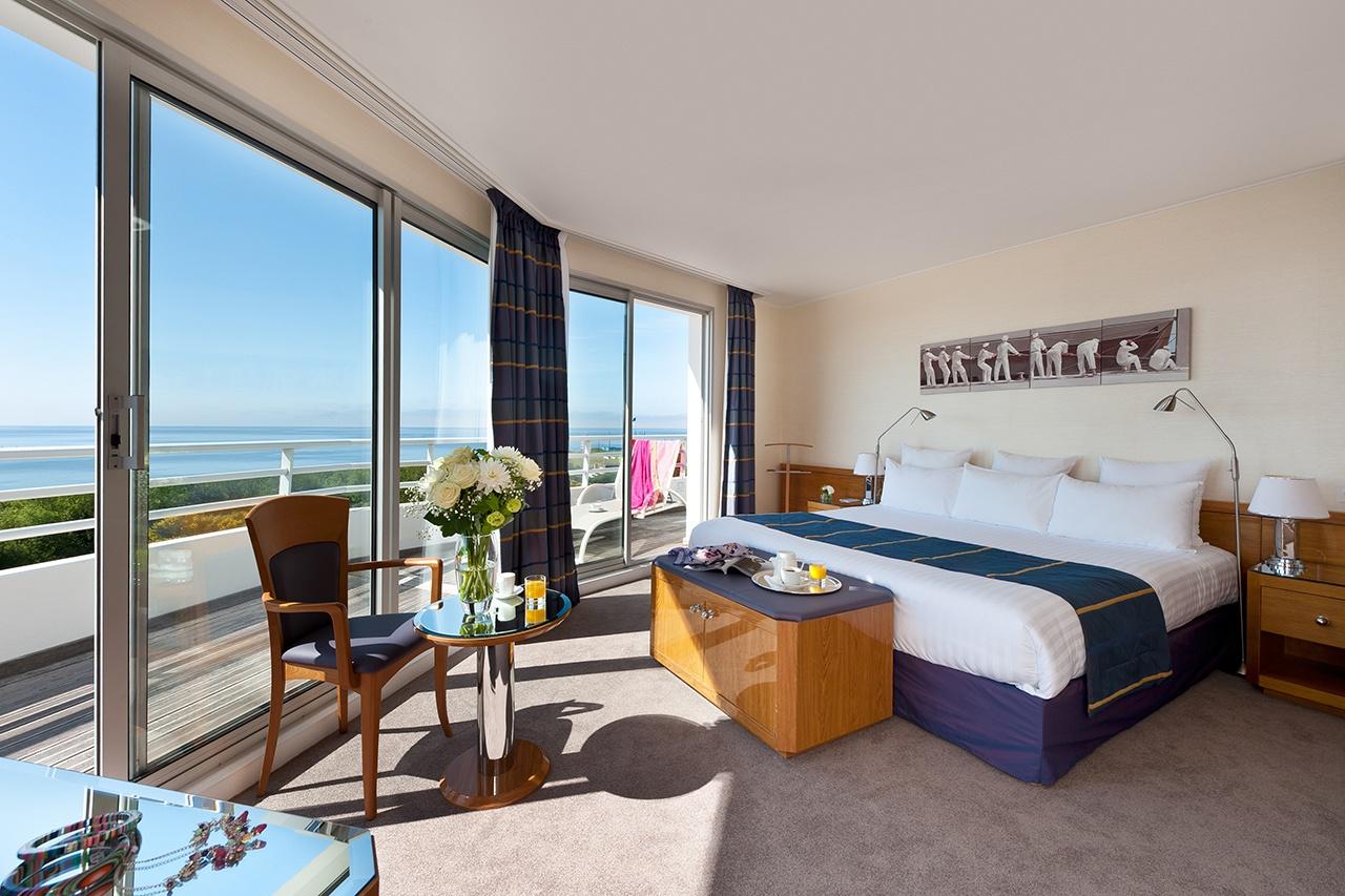 Photo d'une suite vue sur mer en hôtellerie de luxe