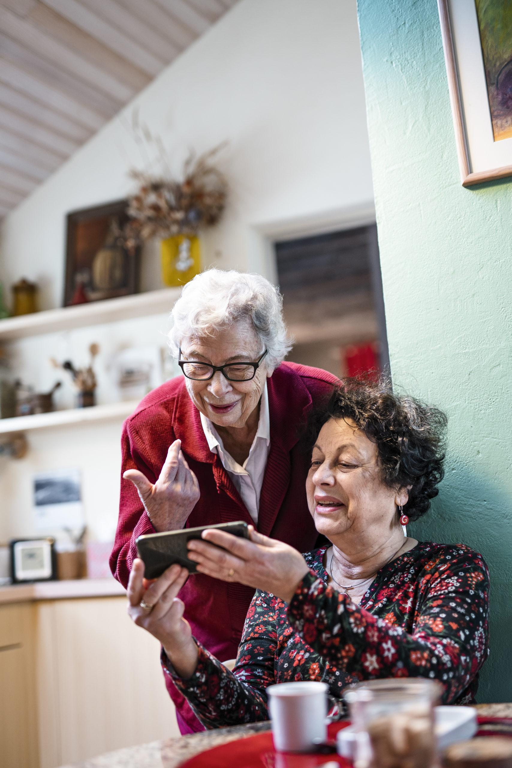 Photo lifestyle de femmes seniors
