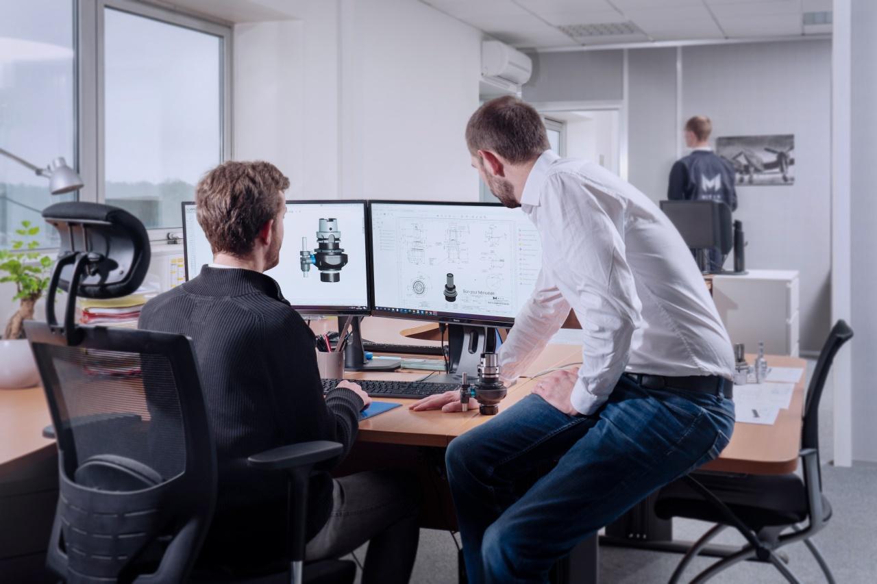 bureau d'étude Photo corporate dans le perçage de precision chez Mitis par Cécile Langlois photographe